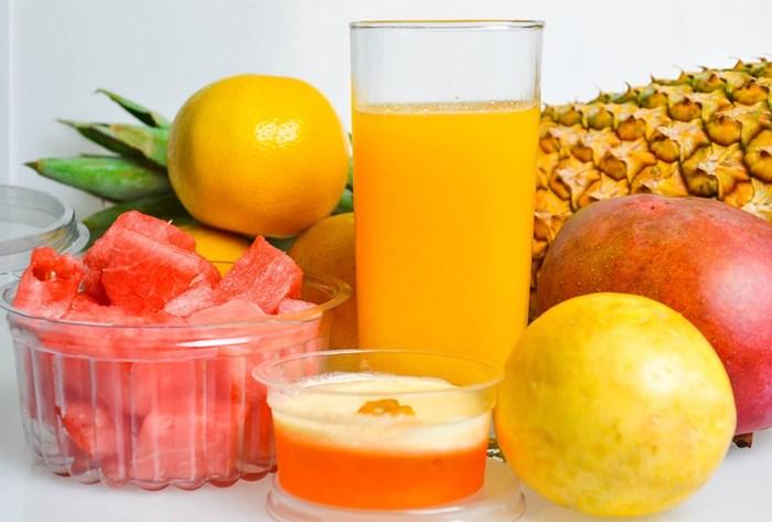 sucos-detox-com-frutas